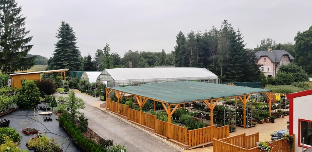 Pohled na část areálu zahradnictví